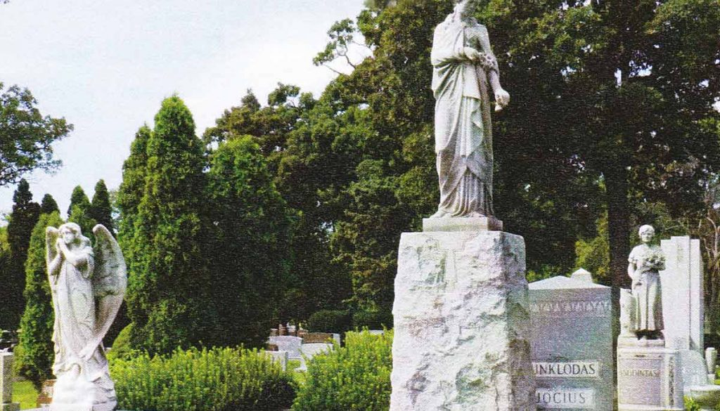 bothangels-monuments