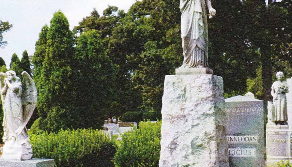 short-monuments
